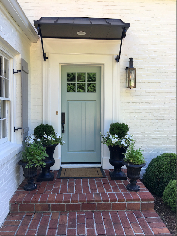 mint-door-black-planters